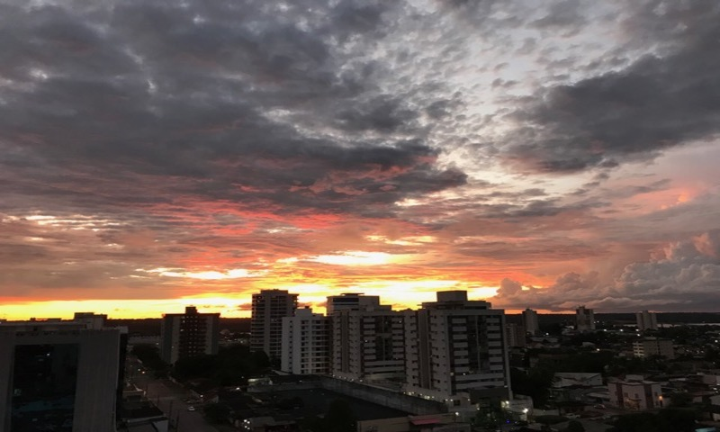 Crepúsculo Vespertino em Porto Velho. Foto: Viriato Moura