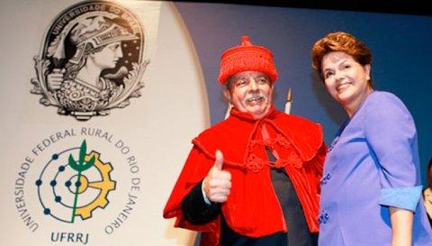 Lula reconhece trabalho do INPI ao receber títulos de universidades fluminenses