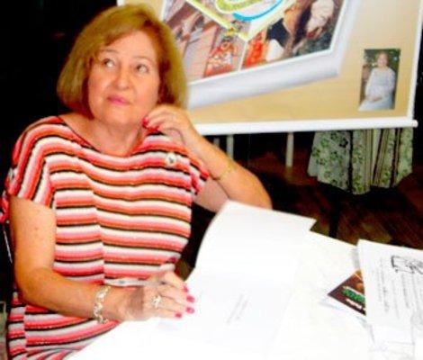 UNIÃO E PERSEVERANÇA CEM ANOS DE HISTÓRIA - Yêdda Pinheiro Borzacov
