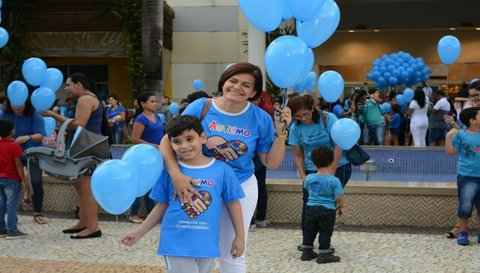 Esclarecendo e reivindicando: Autismo, a luta continua! Por Liliane Melo