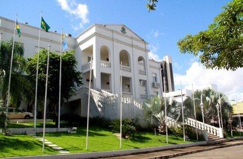 Palácio Presidente Vargas: A Decadência e o Abandono - Por Sandra Castiel
