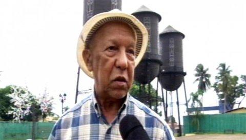 A PRAÇA DAS TRÊS CAIXAS  DÁGUAS - Por Abnael Machado