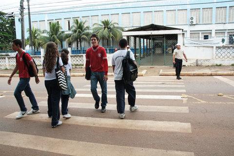 Faixas de pedestres não impedem atropelamentos em Porto Velho (VÍDEO)