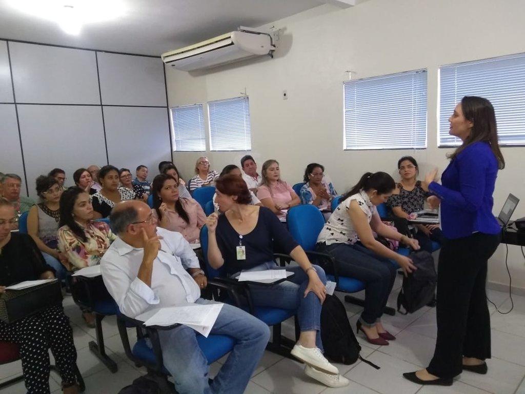 Fhemeron capacita médicos, enfermeiros e bioquímicos para atendimento a hemofílicos - Gente de Opinião