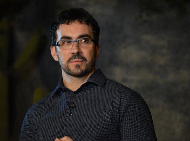 """Padre Fábio de Melo faz críticas sobre """"macumba"""" mas depois pede perdão após críticas - Gente de Opinião"""