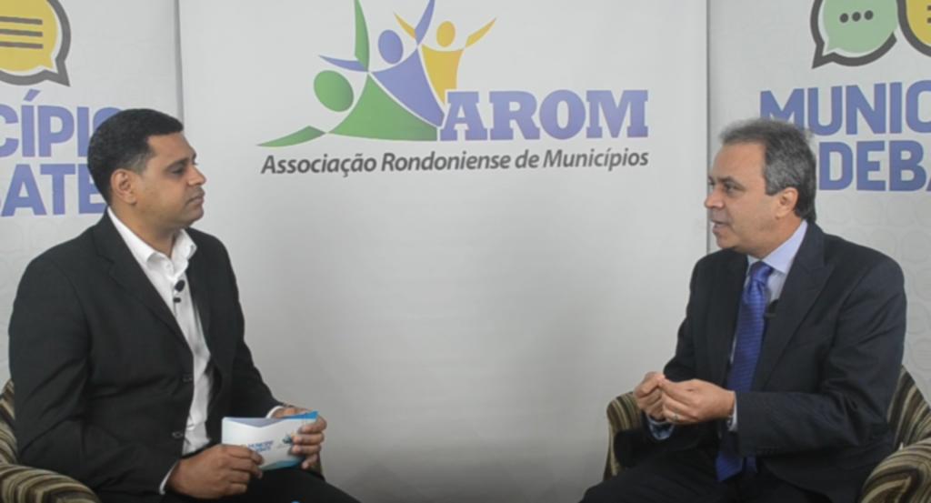 """Presidente do TCE apresenta aplicativo """"Opine Aí"""" em entrevista à AROM - Gente de Opinião"""
