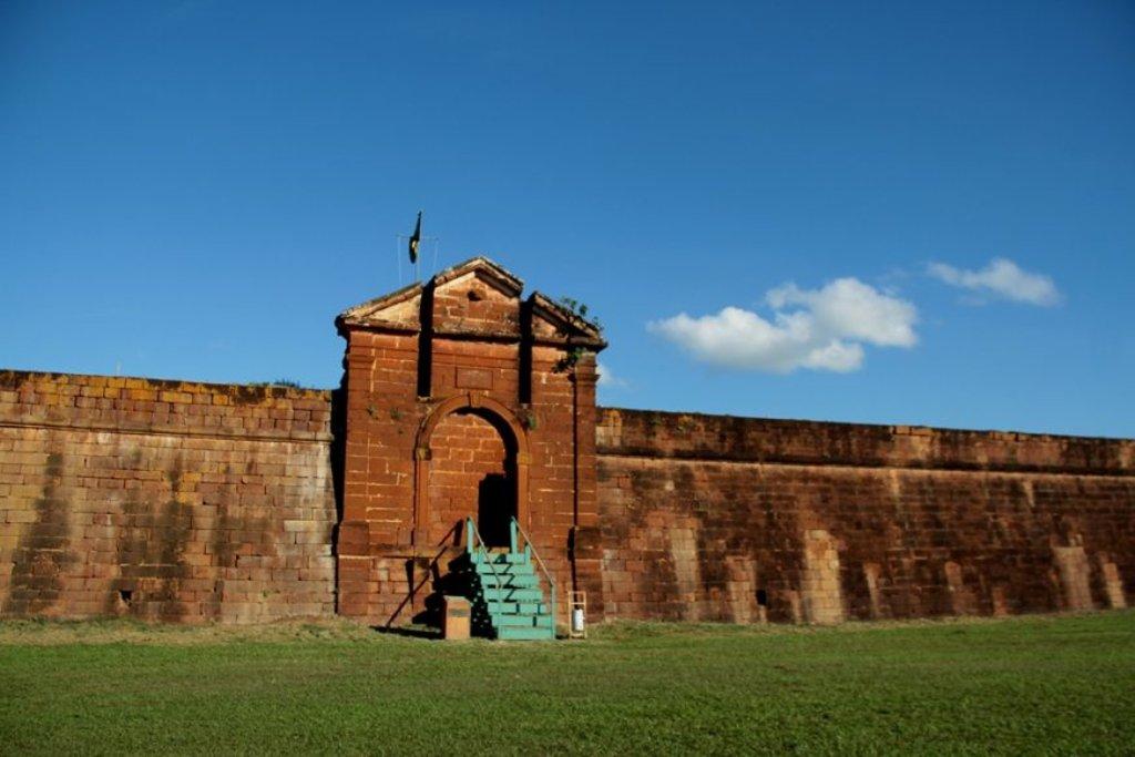 O Forte Príncipe da Beira está localizado em Costa Marques, na fronteira com a Bolívia - Gente de Opinião