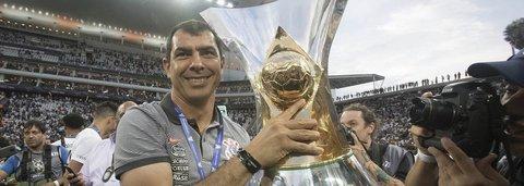 Corinthians anuncia saída de Carille para time saudita