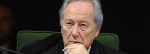 Lewandowski: incompreensão da democracia pode levar a dissolução do Legislativo