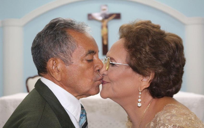 A festa em comemoração aos 50 anos de matrimônio de Miguel e Nazaré Silva - Por Zekatraca