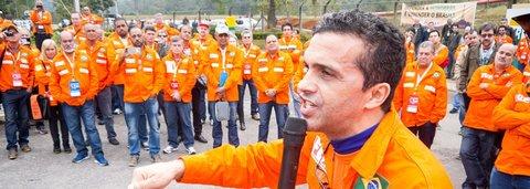 Petroleiros convocam greve de 72 horas contra o caos de Temer e Parente