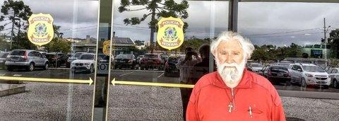 Boff: 'mesmo preso, Lula é um homem livre'