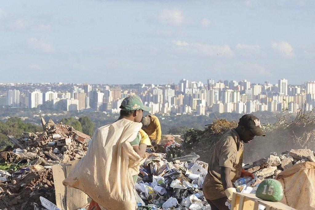 Lixão da Estrutural/Arquivo/Wilson Dias/Agência Brasil - Gente de Opinião