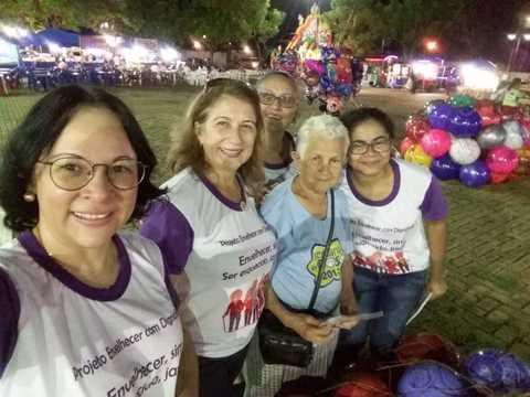 Voluntárias convidam a população a participar da semana do Idoso