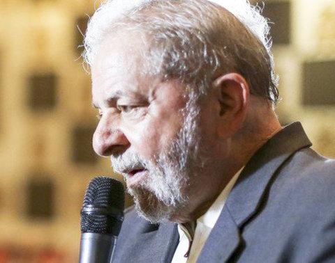 Lula, na primeira entrevista pós-prisão: rasgaram as leis para me prender