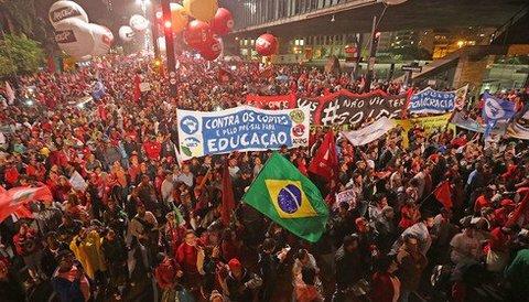 A crise brasileira à luz da teoria do caos - Por Leonardo Boff