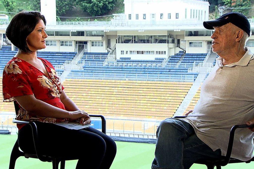 Irreverente e conhecedor do futebol brasileiro, o narrador esportivo Silvio Luiz concede entrevista a Roseann Kennedy/EBC - Gente de Opinião