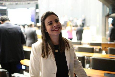 Mariana Carvalho comemora lei que permite inclusão dos servidores de ex – territórios nos quadros da União
