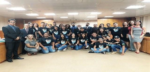 Jovens de Rondônia recebem diploma de patrulheiros eleitorais no TRE-RO  - Gente de Opinião