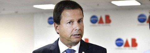 "Advogado critica a ""covardia da OAB diante dos abusos da Lava Jato"""
