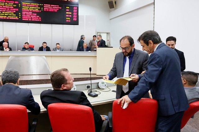 ALE aprova projeto do Executivo sobre nova organização do regime de Previdência  - Gente de Opinião