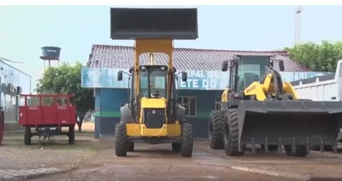 Emenda Parlamentar viabiliza compra de máquinas para Candeias do Jamari (VÍDEO)