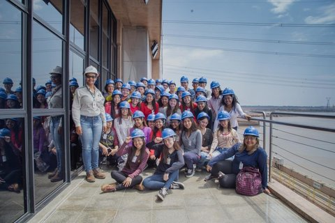 Estudantes visitam a Usina Hidrelétrica Jirau