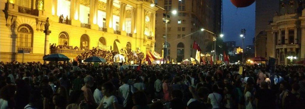 """Ato de """"Luto pelo Museu Nacional"""" reúne multidão na Cinelândia  - Gente de Opinião"""