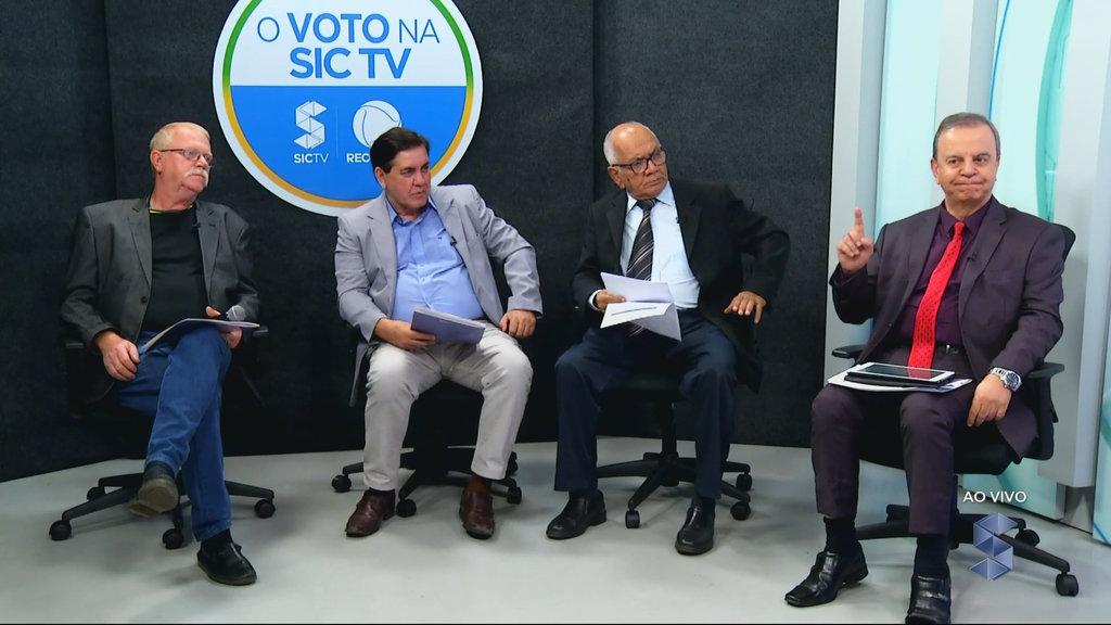 Professor Peixto, e os jornalistas Sérgio Pires, Beni Andrade e Everton Leoni, os dinossauros do Rádio e da TV - Gente de Opinião