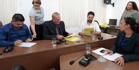 Comissão da ALE aprova projetos que retiram incentivos das usinas do Madeira