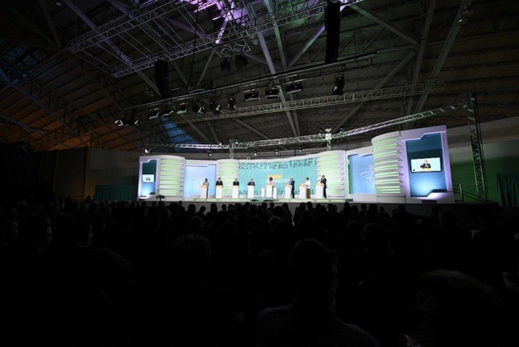 DEBATE DE APARECIDA: Perguntas dos bispos sintetizam questões que interessam a todos os brasileiros - Gente de Opinião