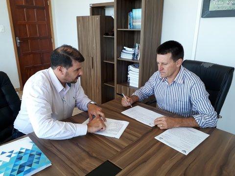 Sebrae e prefeitura de Urupá assinam termo de cooperação