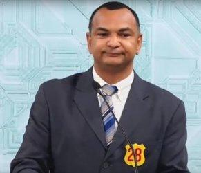 Candidato Charlon do PRTB. Decepcionante. (Foto reprodução SIC TV - Gente de Opinião