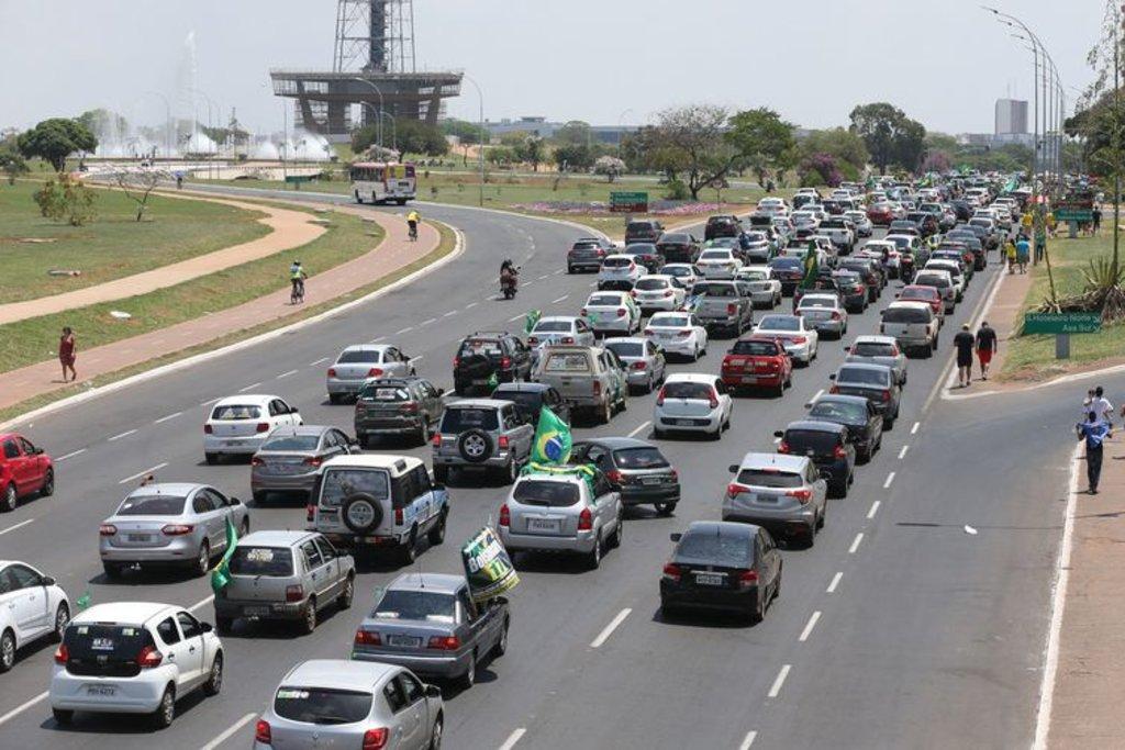 A PM calculou em 25 mil o número de veículos que participaram da carreata - Antonio Cruz/ Agência Brasil - Gente de Opinião