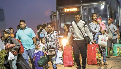 Venezuela recebe de volta mais de 7 mil filhos