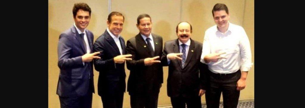 Mourão tira foto com Doria e Major Olímpio diz que general só atrapalha - Gente de Opinião
