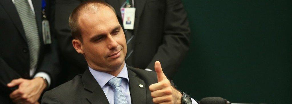 Eduardo Bolsonaro: basta um soldado e um cabo para fechar o STF - Gente de Opinião
