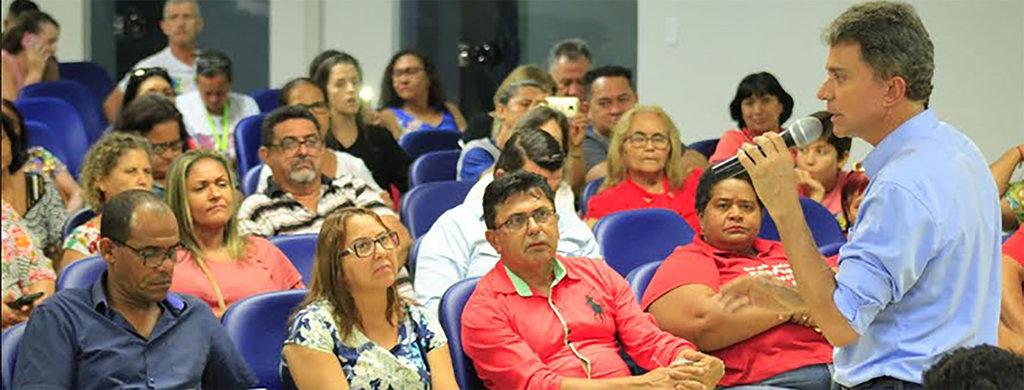 No Sintero, Expedito Jr firma compromisso pela educação   - Gente de Opinião