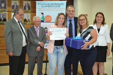 Escolas do interior de Rondônia recebem retroprojetores da Ameron por desempenho no I Concurso de Redação