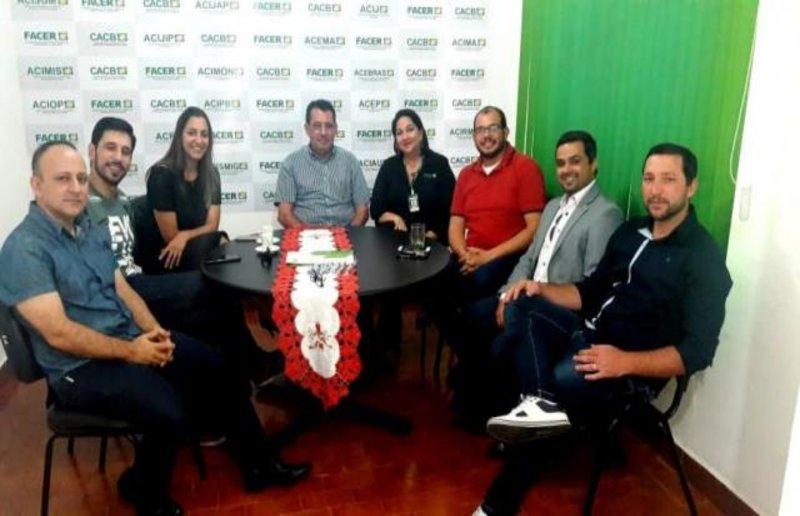 Francisco Hidalgo Farina é eleito presidente da FACER