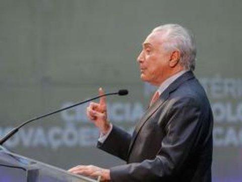 Presidente Temer assina decreto que revê débitos de municípios com a União