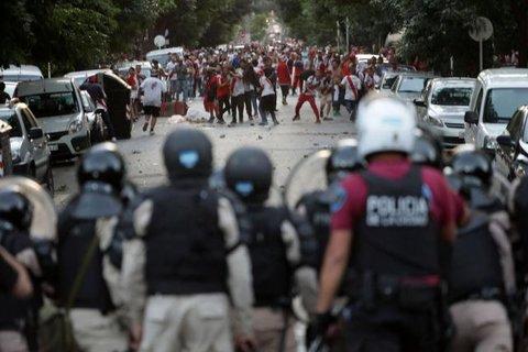 Libertadores - Prefeito culpa torcidas organizadas pela suspensão da final