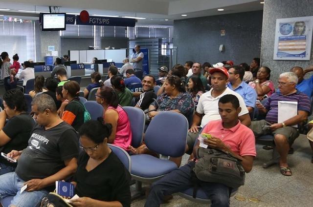 Senado: Plenário analisa projeto que libera FGTS para quem pedir demissão - Gente de Opinião