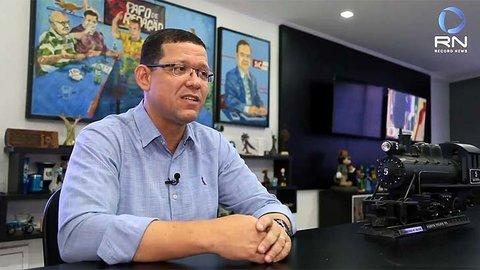 RETORNO - Depois de alguns dias curtindo férias o governador eleito Marcos Rocha se reúne com a trupe encarregada da transição