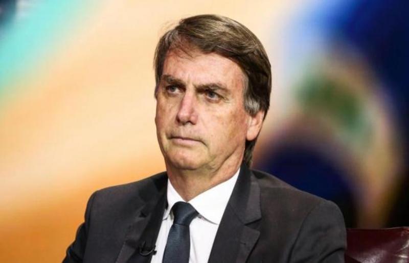DINHEIRO SAI: O presidente eleito Jair Bolsonaro se declarou indignado com os gastos da Caixa com publicidade