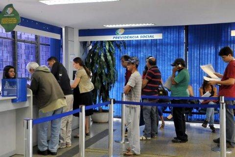 Governo de Bolsanaro vai fazer pente fino em 2 milhões de benefícios do INSS