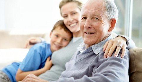 Proposta acaba com limite de renda para que pais e avós sejam dependentes no IR