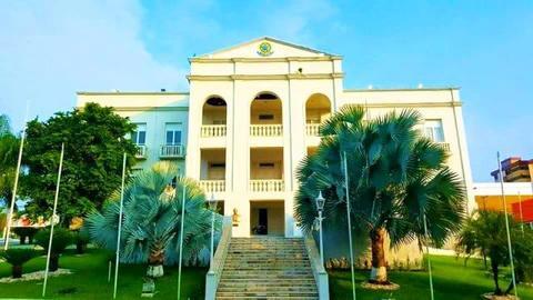 Palácio Presidente Vargas: Abrigo de viciados