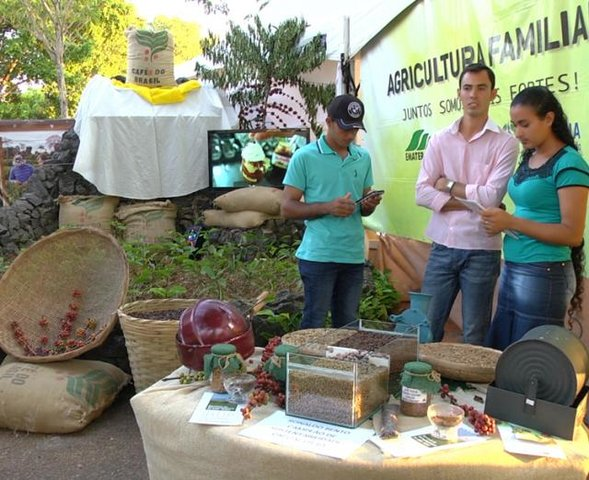 Agricultores familiares recebem apoio para comercialização de produtos em Rondônia - Gente de Opinião