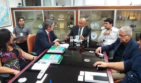 Sustentabilidade da ZFM é destaque durante visita de diplomata chileno à SUFRAMA